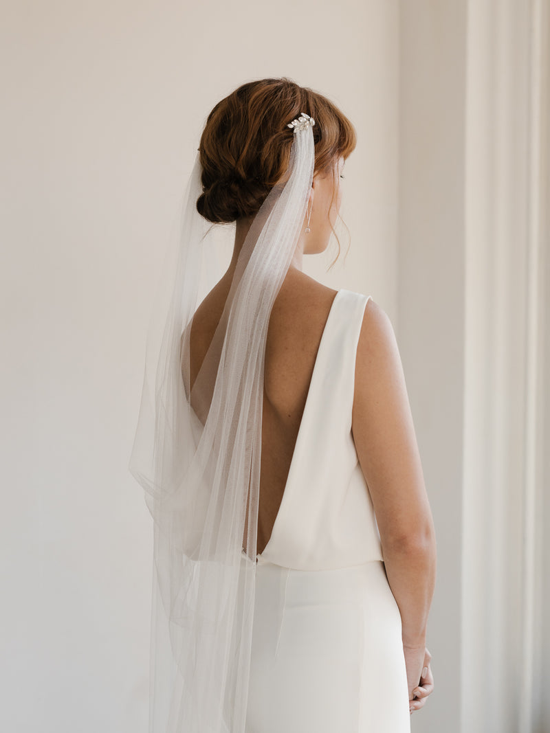 AELLA DRAPED VEIL