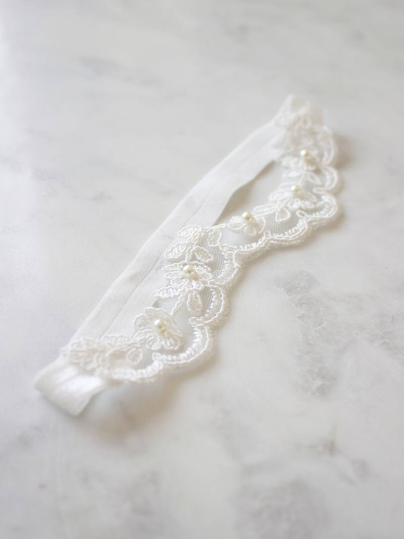 BRIONY GARTER, Bridal Accessories - Davie & Chiyo, Vancouver