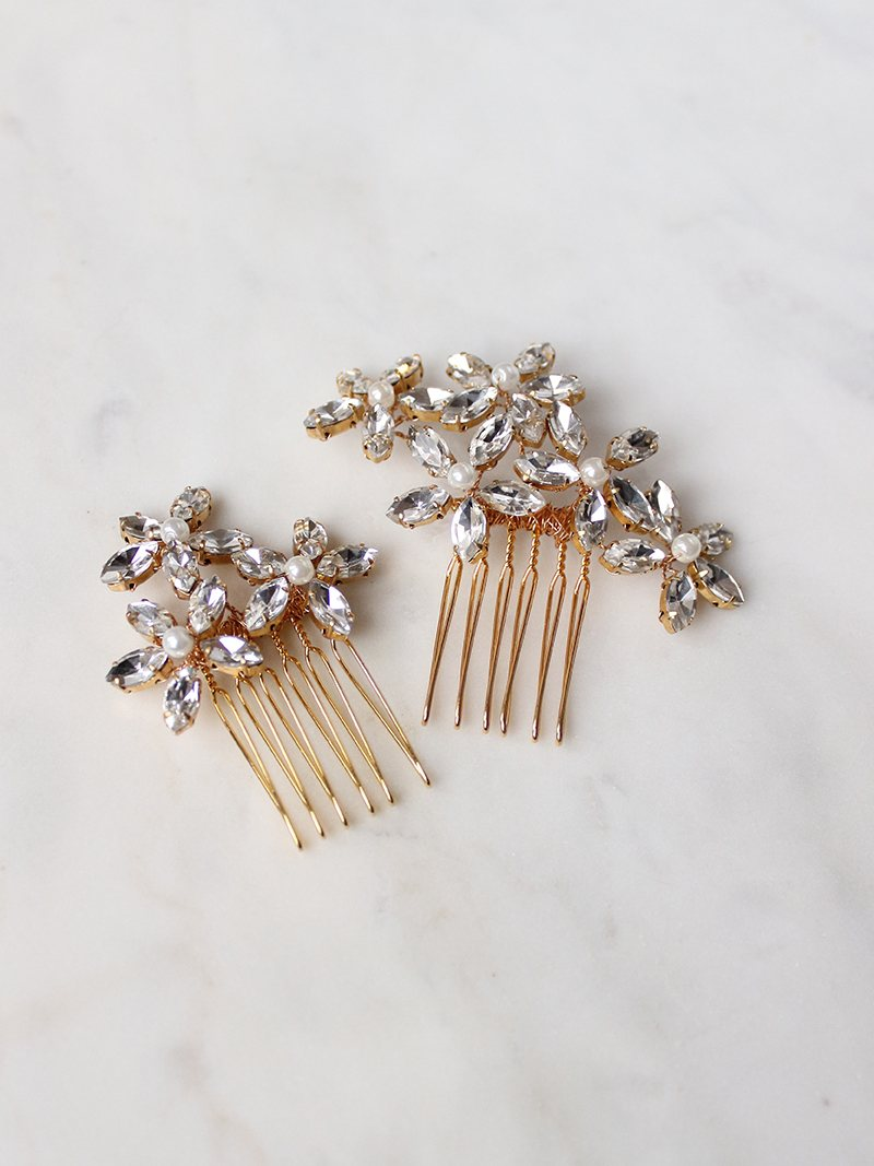 Retro Daisy Hair Combs, inspired by retro 1960s style with feminine modernism made with rhinesontes and handspun wire