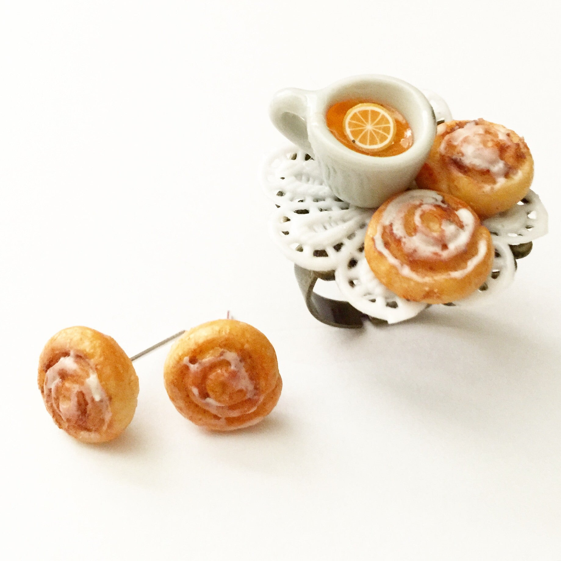 cinnamon rolls and tea ring - Jillicious charms and accessories
