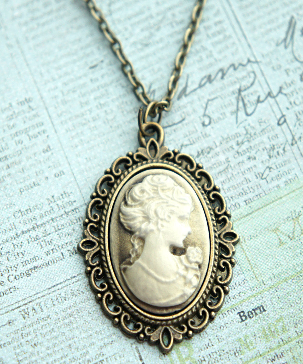 Lady Portrait Cameo Necklace - Jillicious charms and accessories - 1