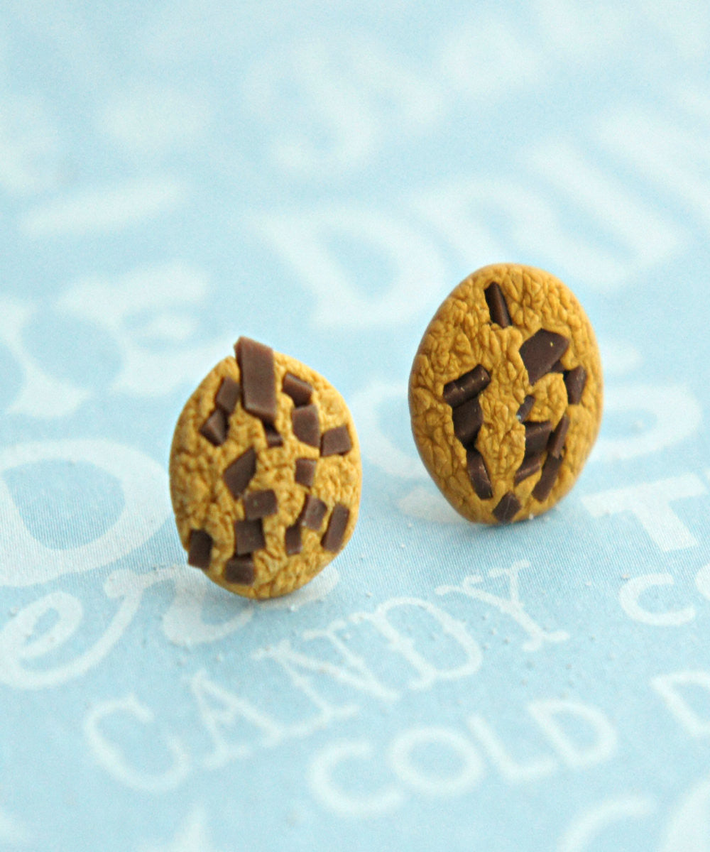 chocolate chip cookie stud earrings - Jillicious charms and accessories