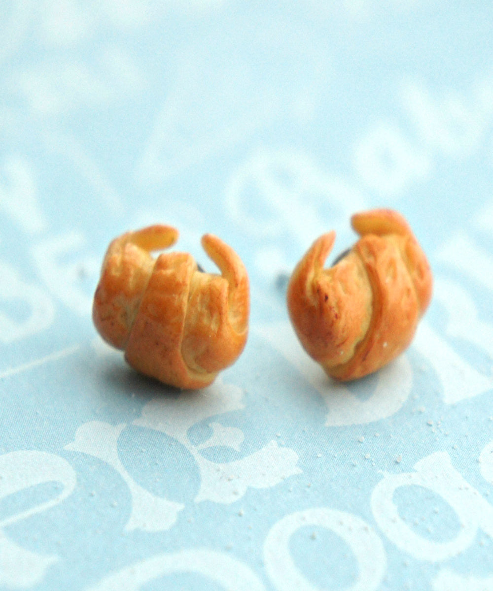 croissant stud earrings - Jillicious charms and accessories