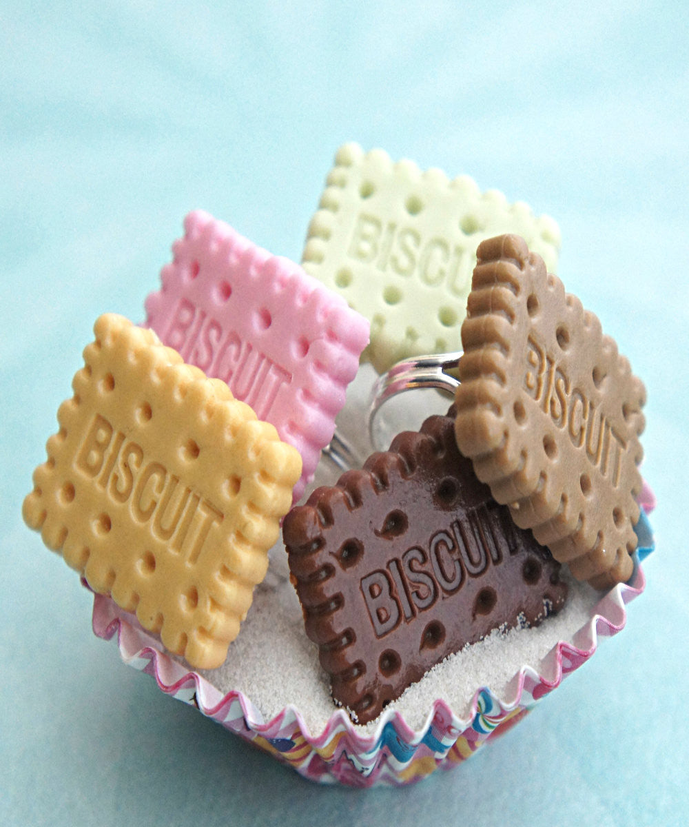 Biscuit Cookie Ring - Jillicious charms and accessories - 1