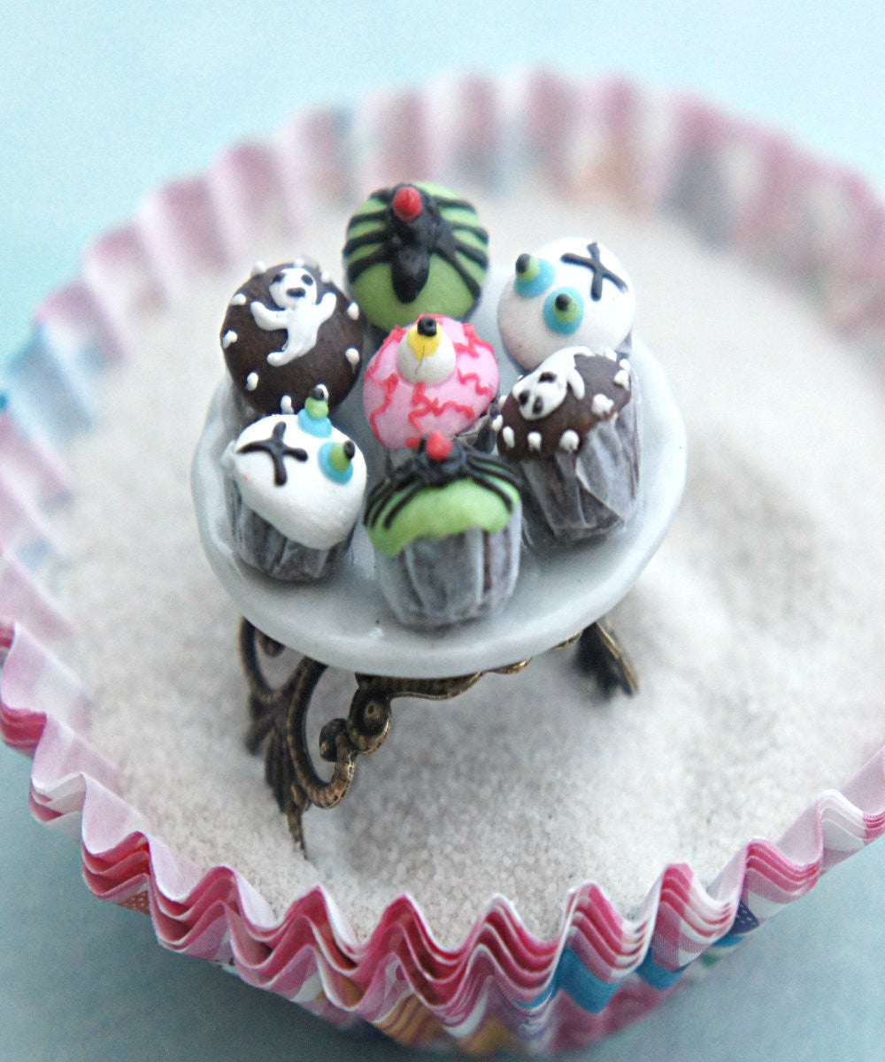 halloween cupcake plate ring - Jillicious charms and accessories - 1