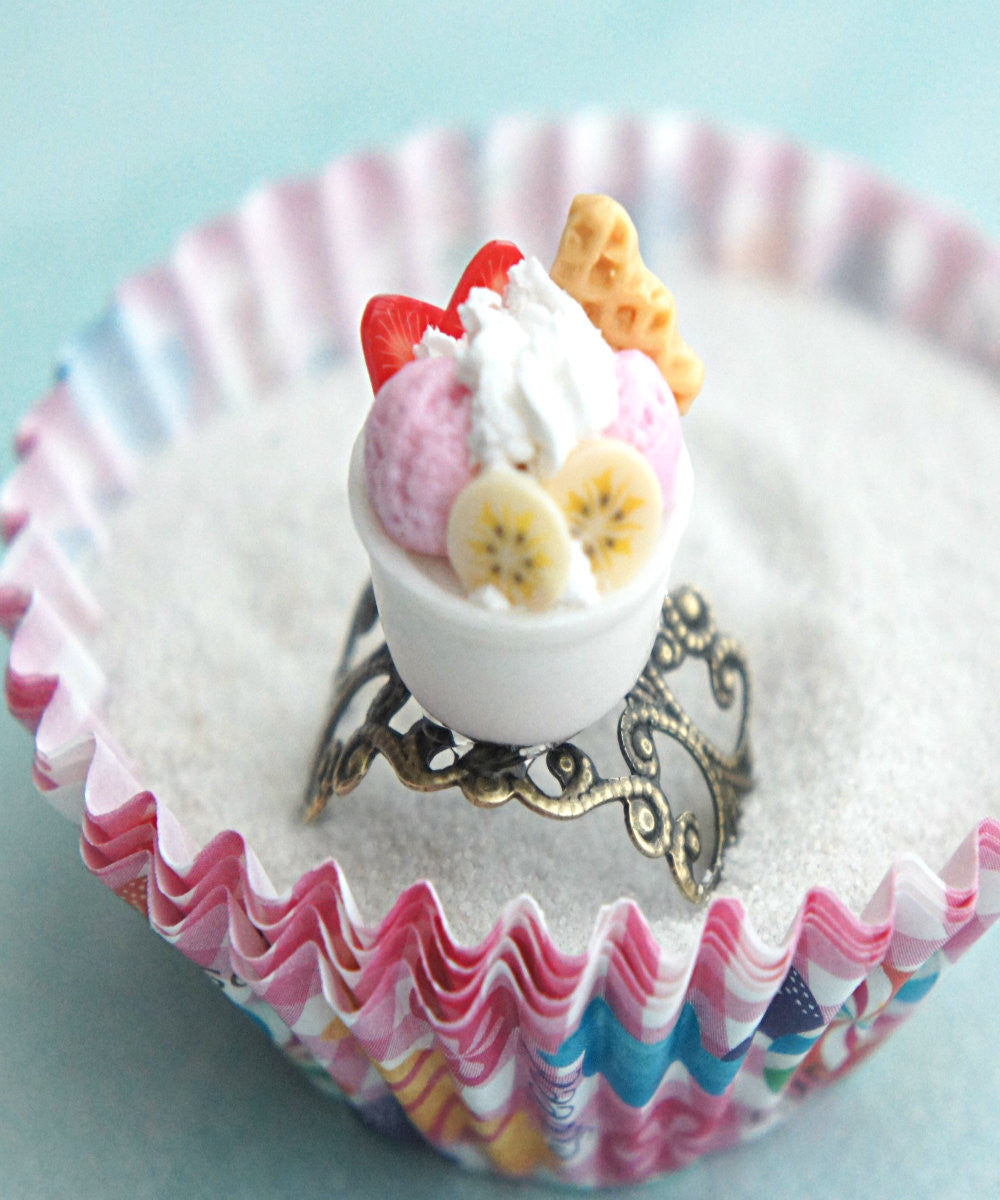 frozen yogurt ring - Jillicious charms and accessories - 1