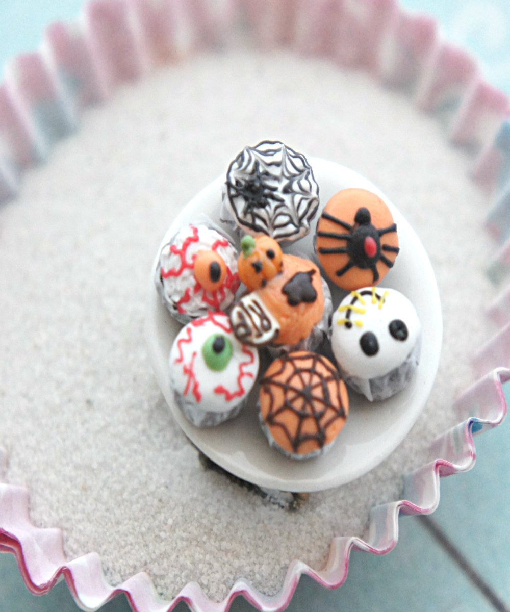 halloween themed cupcake plate ring - Jillicious charms and accessories - 3