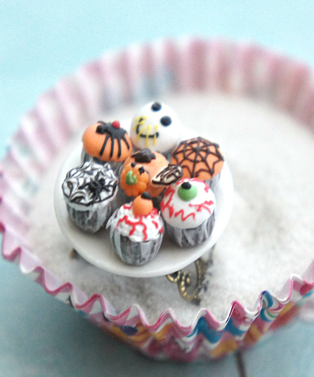 halloween themed cupcake plate ring - Jillicious charms and accessories - 2