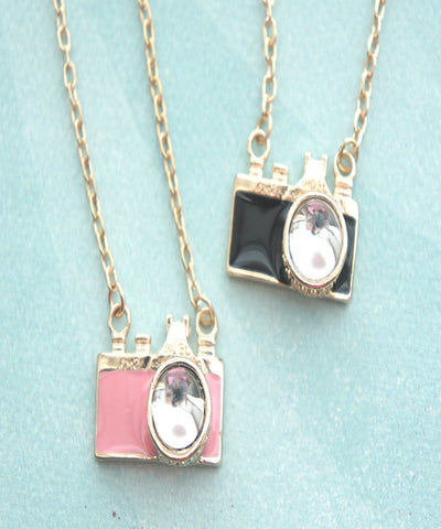 Camera Necklace - Jillicious charms and accessories