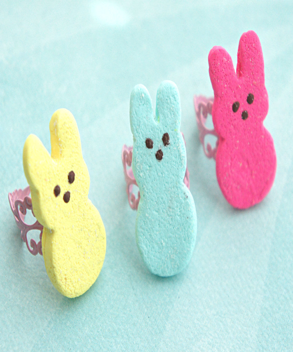 Marshmallow Bunny Ring - Jillicious charms and accessories - 1