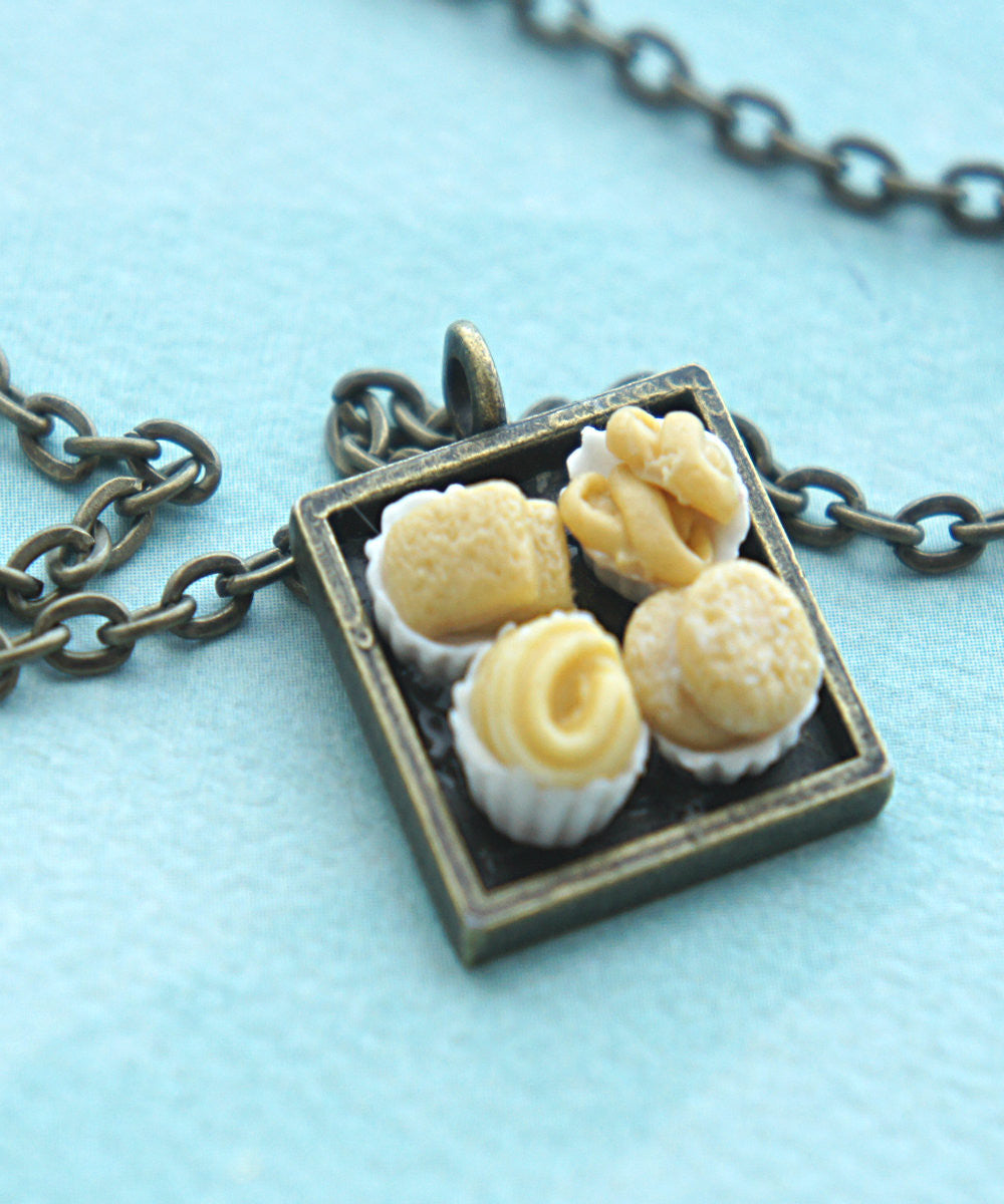 danish butter cookies necklace - Jillicious charms and accessories - 3