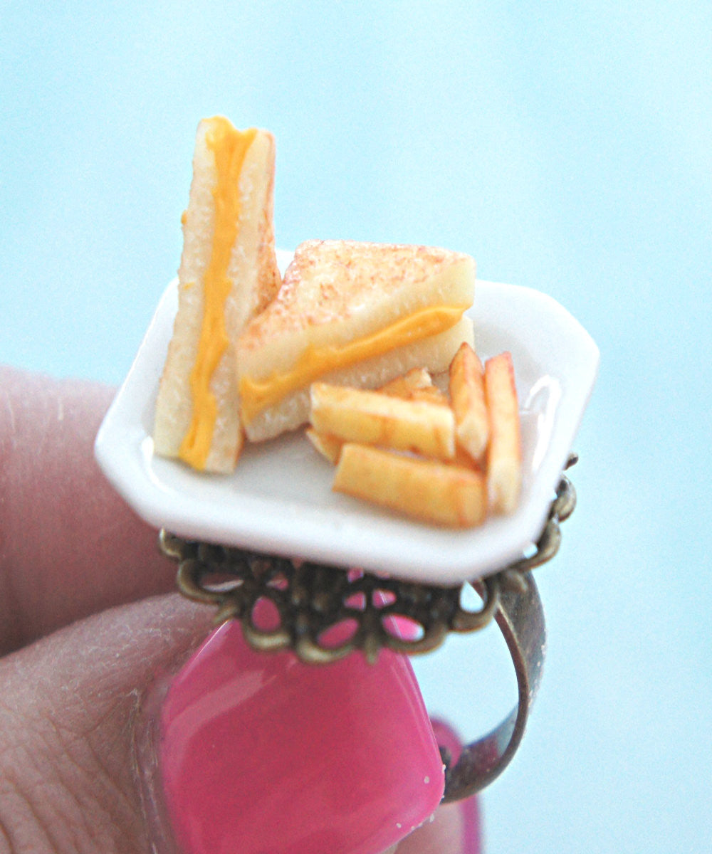 grilled cheese sandwich and fries ring - Jillicious charms and accessories - 3