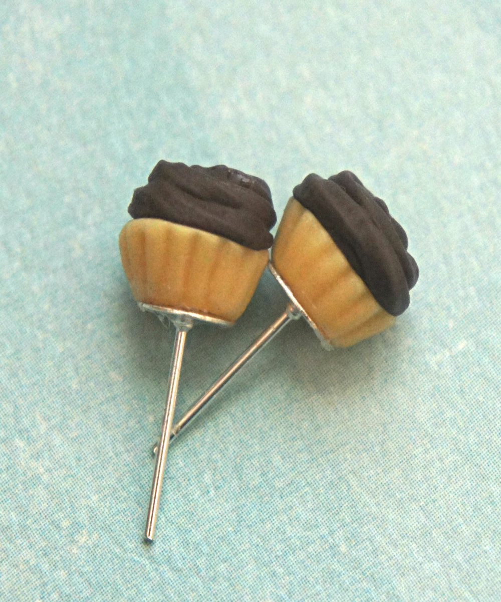 chocolate cupcake stud earrings - Jillicious charms and accessories