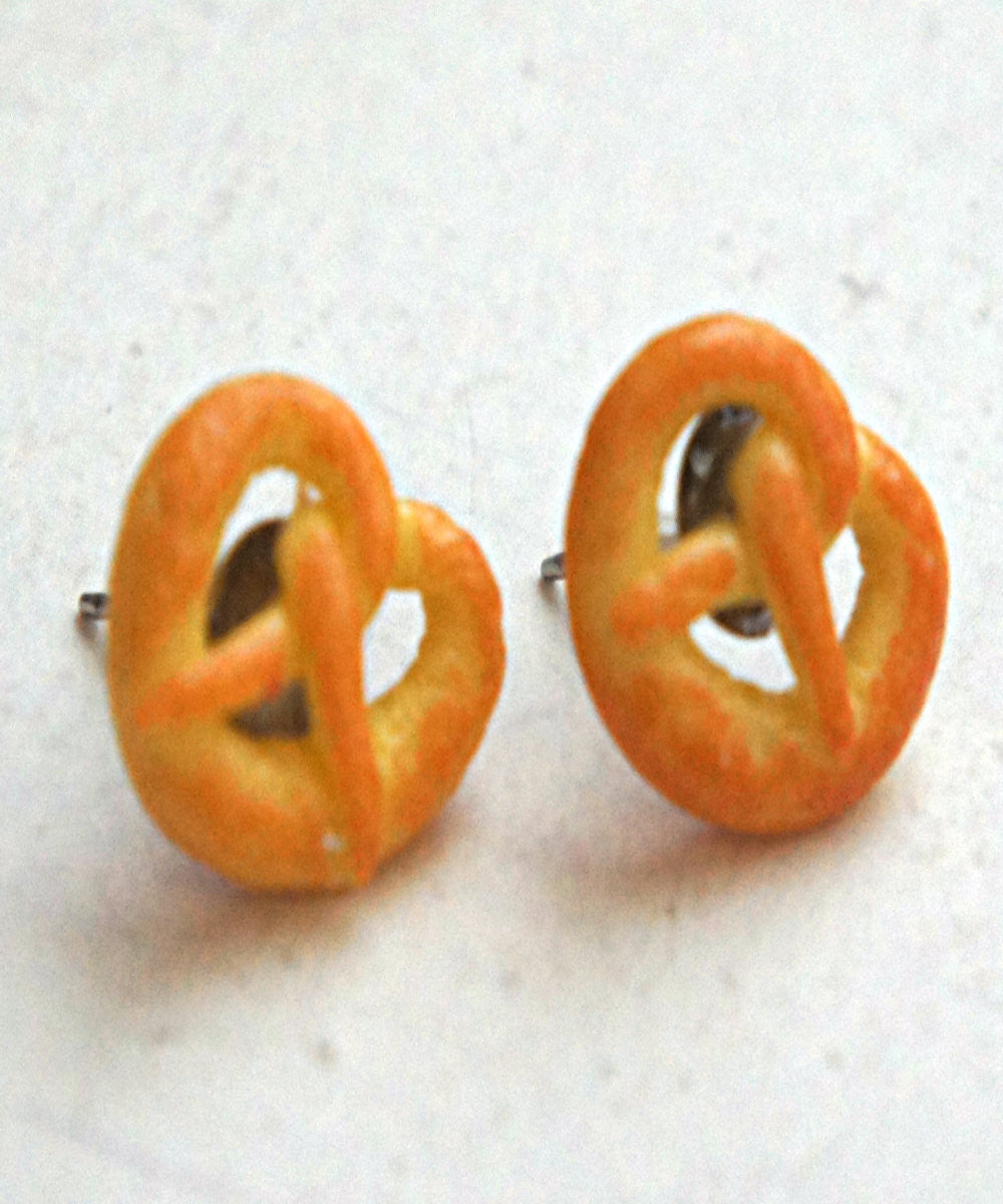pretzel stud earrings - Jillicious charms and accessories - 1