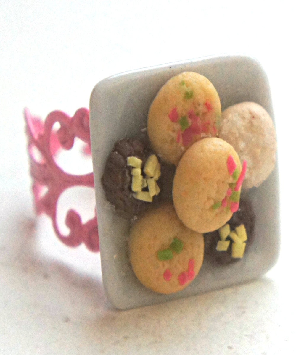 Shortbread Cookies Ring - Jillicious charms and accessories - 1