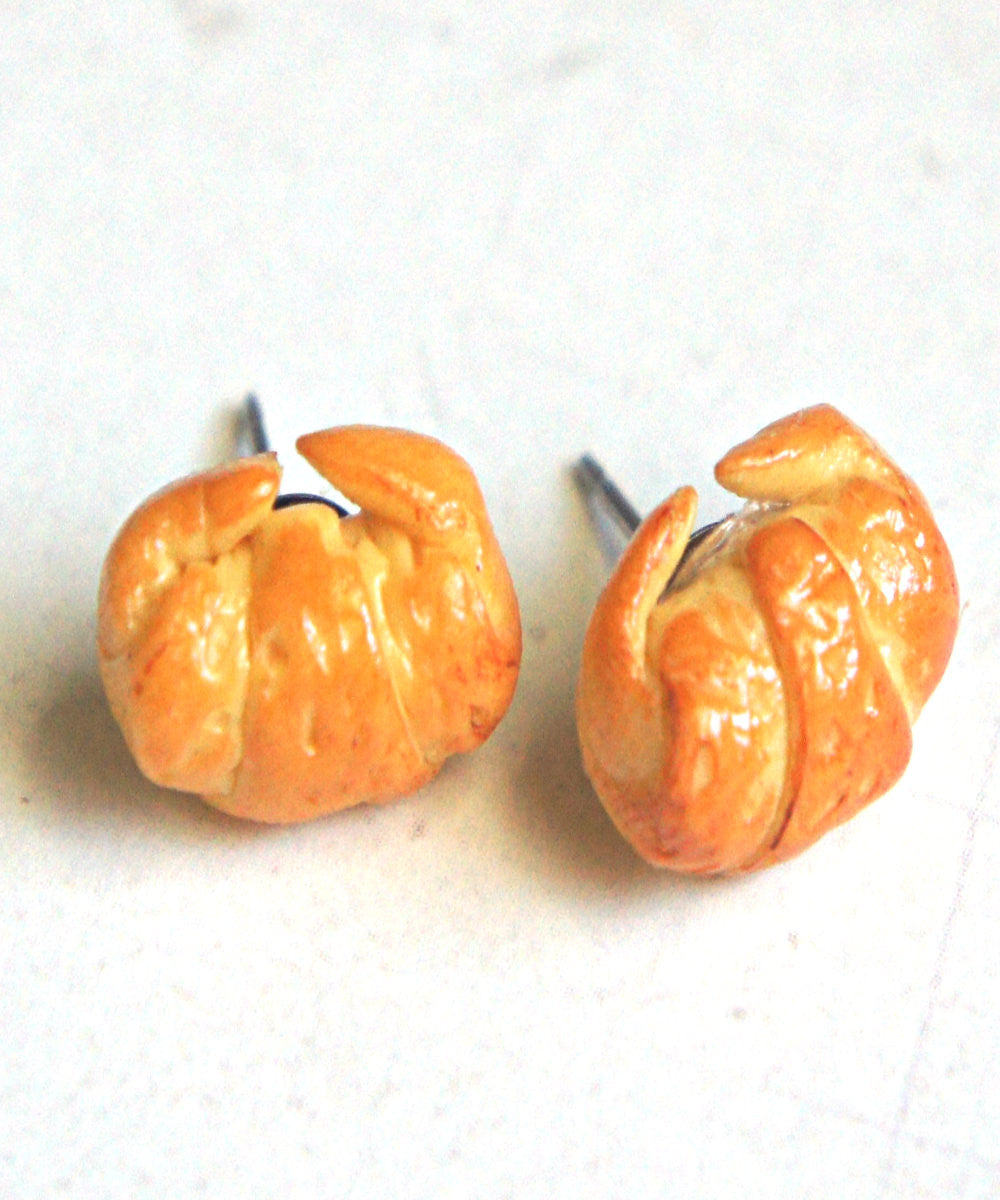 croissant stud earrings - Jillicious charms and accessories - 2