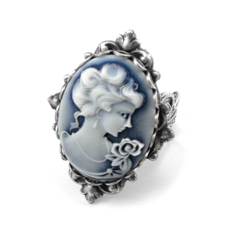Neo Victorian Cameo Ring (blue)