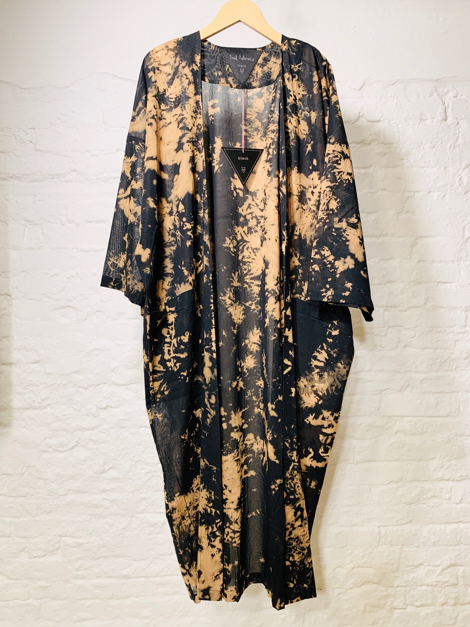 Dara robe brown black