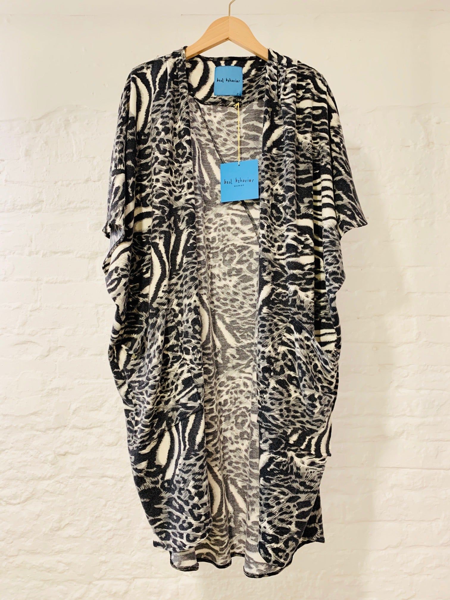 Milla cape animal print