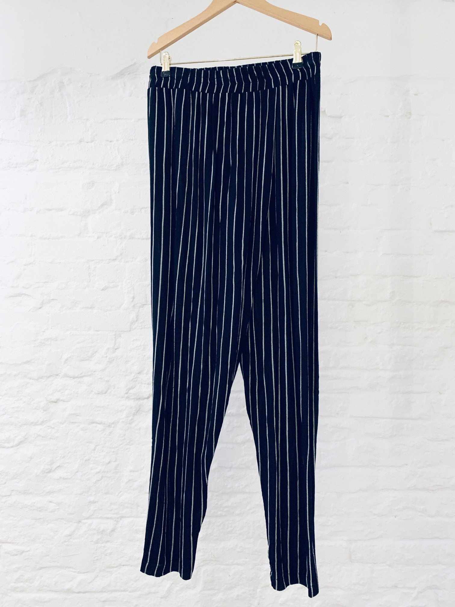 Shanti pants pin stripe