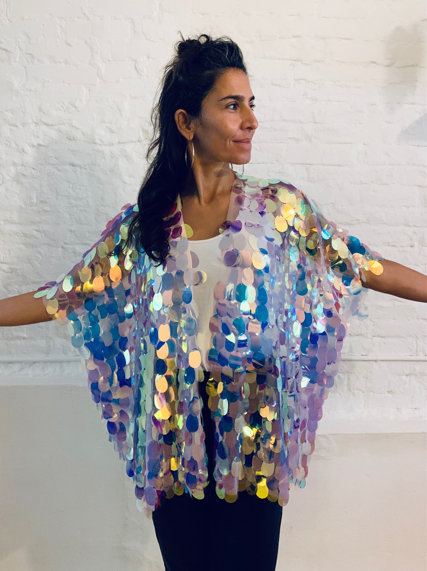 Maxi sequin cape short