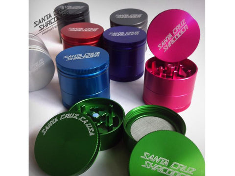 "Santa Cruz Shredder USA Medical Grade Grinder 4piece 1.5"" Small"