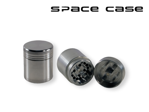 "Space Case Aircraft Grade Aluminum Grinder Silver 4 Piece ""Scout"""