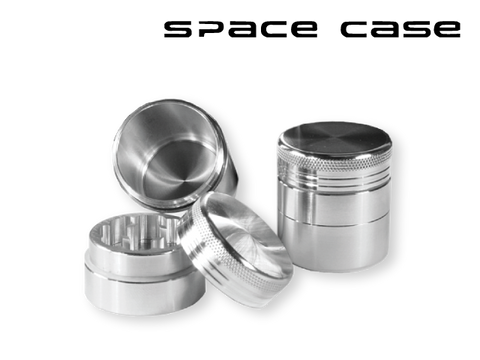 "Space Case Aircraft Grade Aluminum Grinder Silver 3 Piece ""Scout"" 2.2"" Medium"