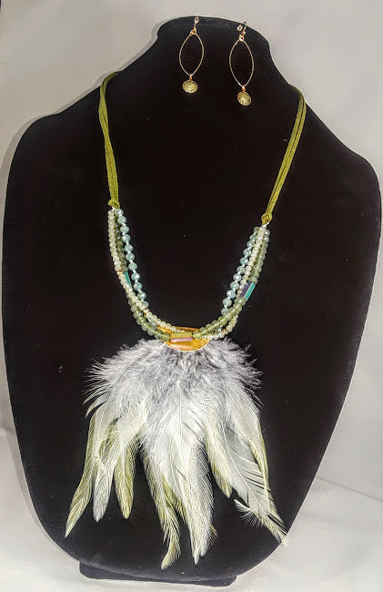 Moss Green Cut Crystals & Feathers Necklace w/ Drop Earrings Set