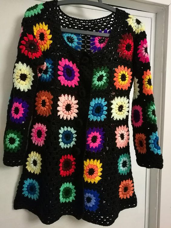 Casual Vintage Black Flora Knitted Top