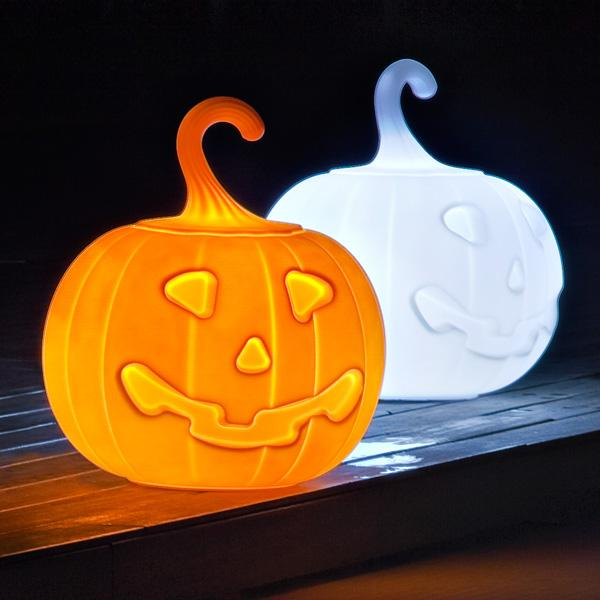 Jack Halloween Pumpkin Lantern (and adapter for Non-Euro sockets)