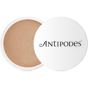 Antipodes Mineral Foundation Tan 04 6.5g