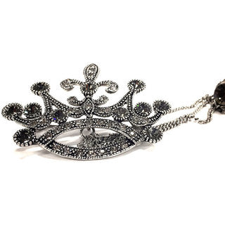 BROOCH CROWN WITH CHAIN