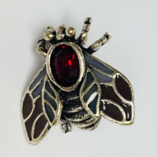 BROOCH RUBY FLY SILVER/RED