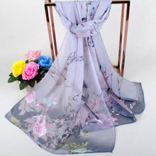 Load image into Gallery viewer, Birds in Nature Fashion Women's Soft and Breathable Scarf