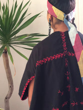 Load image into Gallery viewer, Handwoven Abra Black Poncho with Red Stitch