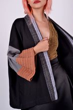 Load image into Gallery viewer, Kimono Wrap Negros Rustic Sleeves