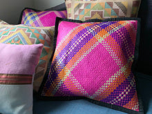 Load image into Gallery viewer, Tawi-Tawi Banig Throw Pillow