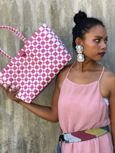Checkered Chic Bayong in White Pink