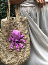 Load image into Gallery viewer, Pink Octopus Raffia Tote Bag