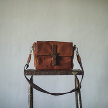 Load image into Gallery viewer, Harvey Waxed Canvas Camera Bag (Brick)