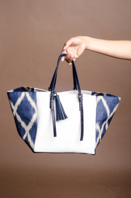 Galak Tote Bag 1 (Blue Tnalak with White Cow Leather)
