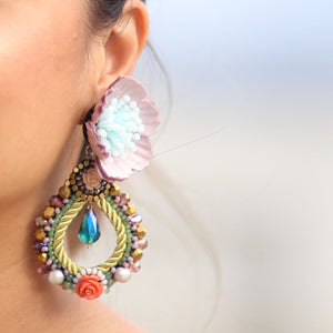 Shimra Artisan Earrings Made of Cultured Pearls, Resin and Fabric Flowers