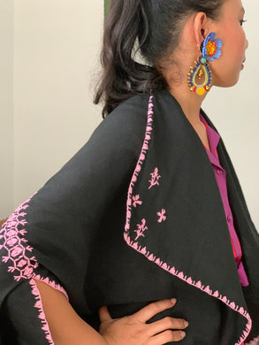 Pinas Sadya Handwoven Poncho In Black and Pink Accents