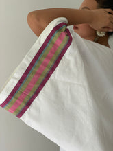 Load image into Gallery viewer, Maporma White Poncho in Anthill Retaso and Pink Marawi Strap