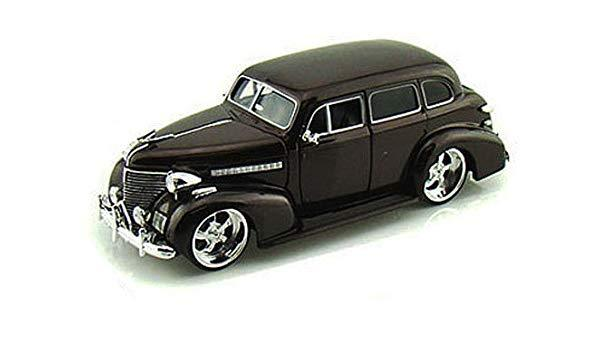 Chev Master Deluxe Winter Park Black 1939 (scale 1:24)