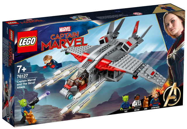 76127 Captain Marvel And The Skrull Attack Captain Marvel