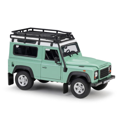 Land Rover Defender Green (scale 1:24)