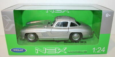 Mercedes Benz 300 SL Silver (scale 1 : 24)