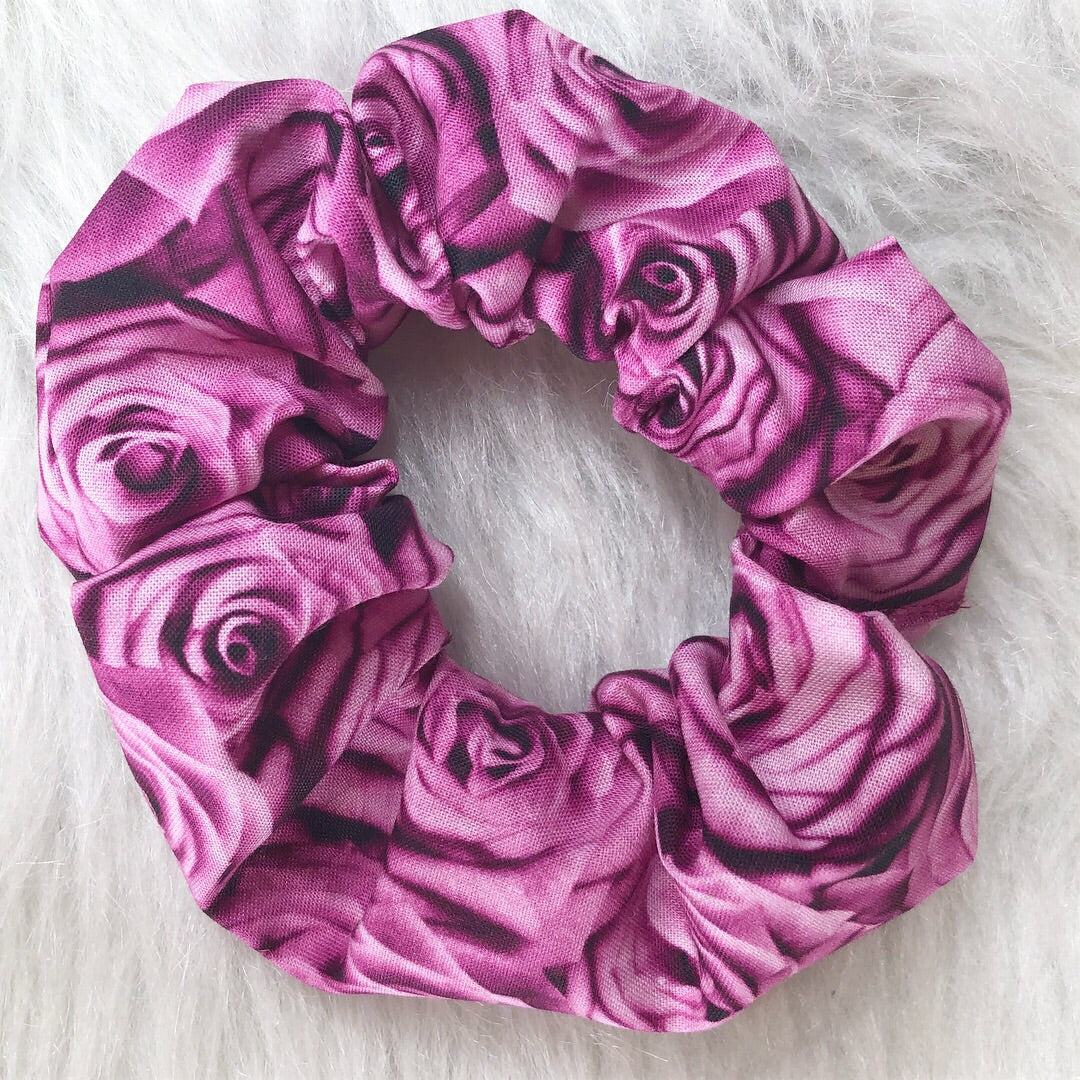 Pink rose scrunchie